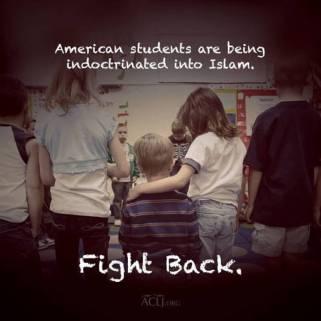 AmericanStudentsAreBeingIndoctrinatedIntoIslam